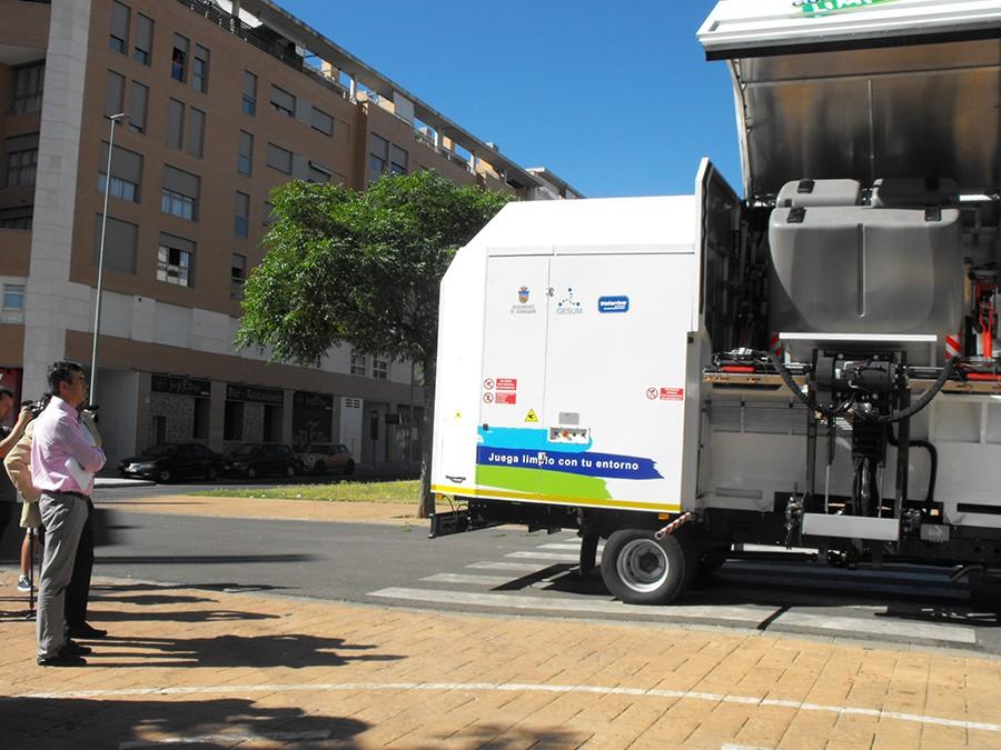 Guadalajara refuerza su servicio de limpieza con la incorporación de dos nuevos equipos